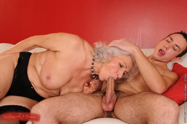 Жесткая ебля бабули с молодым парнем