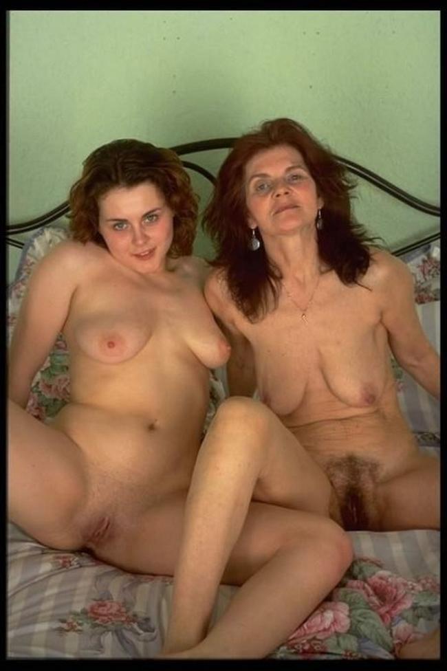 Обнаженная Мама Порно