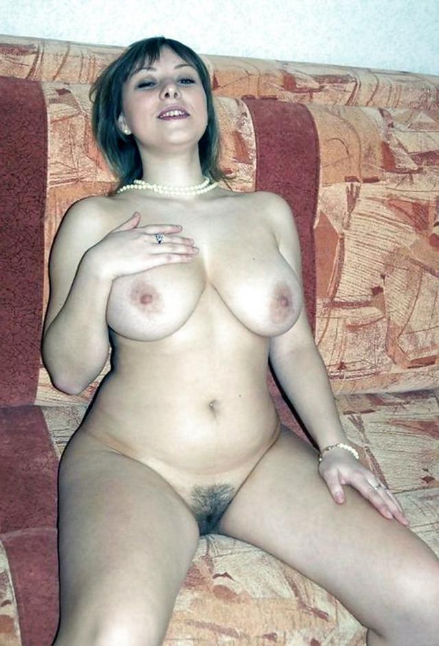 полная сисястая голая жена фото крупно
