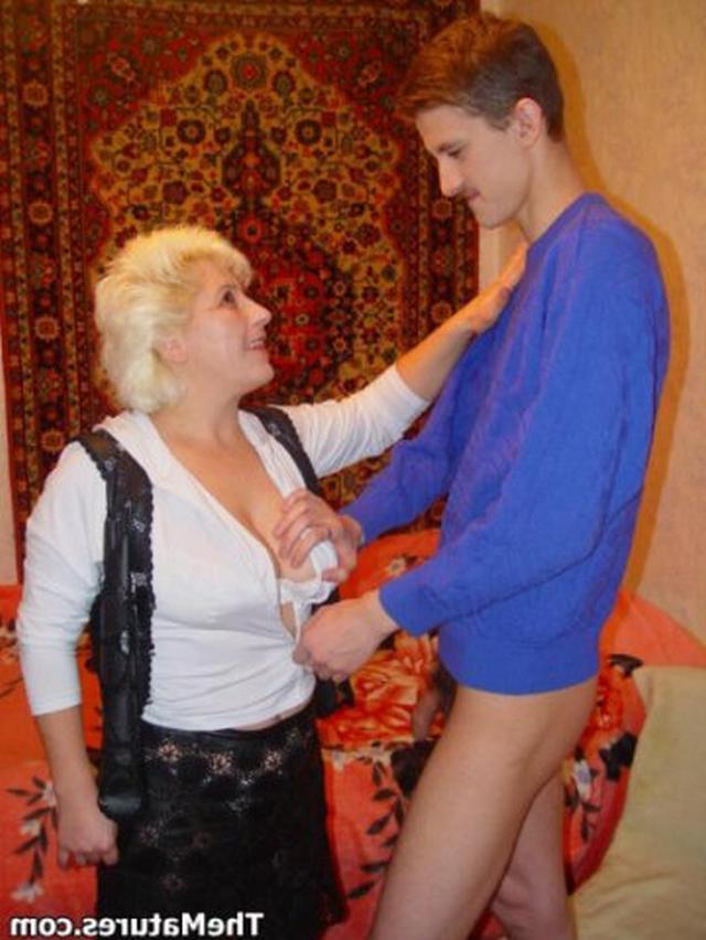 Старая Училка Соблазнила Юного Студента Порно Фото И Секс Фотографии
