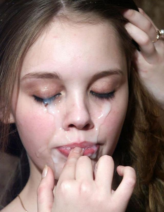 Сперма на губах милых девушек