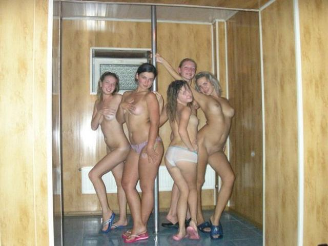 Вечеринка Голых Девиц В Сауне Порно Фото И Секс Фотографии