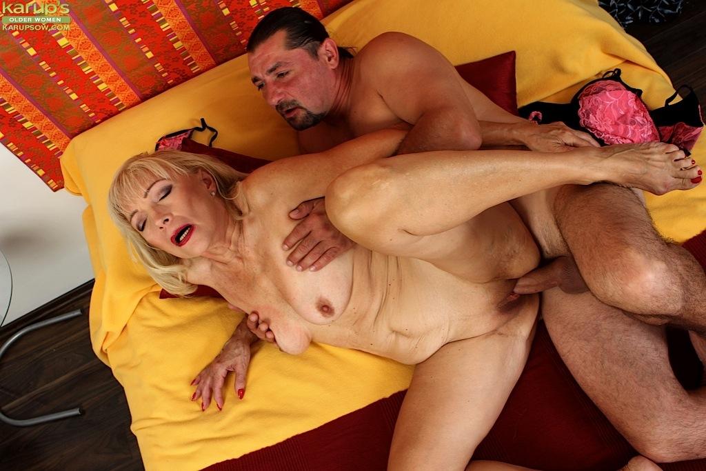 порно сикс в лису с бабушкой