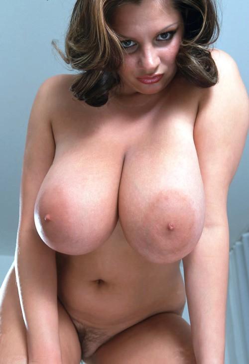 Фото баб с оголенными большими сиськами